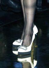 JeanLouis Scherrer Fall 2005 Haute Couture Detail 0002