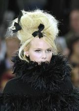 Chanel Fall 2005 Haute Couture Detail 0003