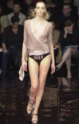 Stella McCartney Spring 2002 Ready-to-Wear Collection 0002