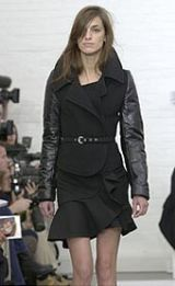 Balenciaga Fall 2002 Ready-to-Wear Collection 0002