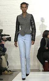 Balenciaga Fall 2002 Ready-to-Wear Collection 0003