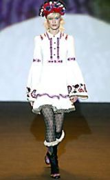 Anna Sui Fall 2002 Ready-to-Wear Collection 0003