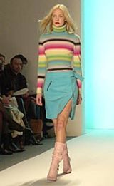 Matthew Williamson Fall 2002 Ready-to-Wear Collection 0002