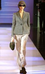 Emporio Armani Fall 2002 Ready-to-Wear Collection 0003
