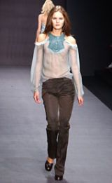 Byblos Fall 2002 Ready-to-Wear Collection 0002