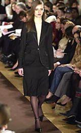 Carolina Herrera Fall 2002 Ready-to-Wear Collection 0002