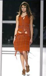 Hussein Chalayan Fall 2002 Ready-to-Wear Collection 0002