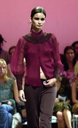 Diane von Furstenberg Fall 2002 Ready-to-Wear Collection 0003