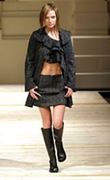 GFFGianfranco Ferre Fall 2002 Ready-to-Wear Collection 0003