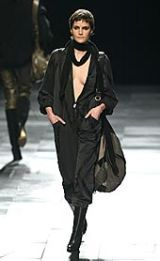 Givenchy Fall 2002 Ready-to-Wear Collection 0003
