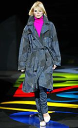 Versus Fall 2002 Ready-to-Wear Collection 0003