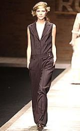 Laura Biagiotti Fall 2002 Ready-to-Wear Collection 0002