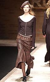 Laura Biagiotti Fall 2002 Ready-to-Wear Collection 0003