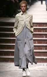 Yohji Yamamoto Fall 2002 Ready-to-Wear Collection 0003