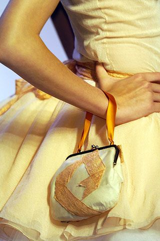 Yellow, Bag, Hand, Joint, Style, Fashion, Shoulder bag, Beige, Luggage and bags, Tan,