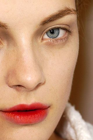 Lip, Cheek, Brown, Skin, Chin, Forehead, Eyelash, Eyebrow, Beauty, Jaw,