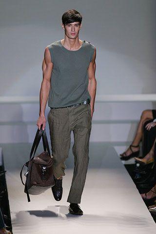 Leg, Brown, Product, Human body, Shoulder, Joint, Elbow, Khaki, Style, Bag,