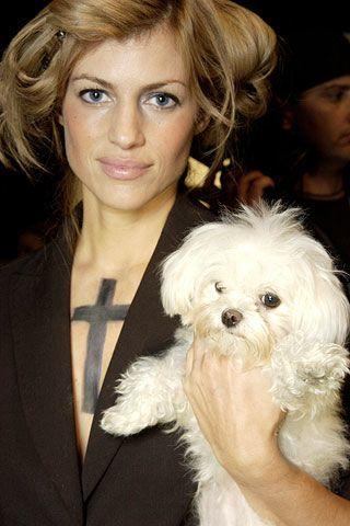 Human, Hairstyle, Dog breed, Dog, Eyebrow, Carnivore, Mammal, Coat, Toy dog, Style,
