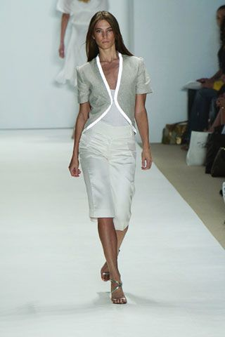 Leg, Sleeve, Human body, Fashion show, Shoulder, Human leg, Joint, White, Runway, Style,