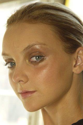 Head, Lip, Cheek, Brown, Hairstyle, Skin, Chin, Forehead, Eyebrow, Eyelash,
