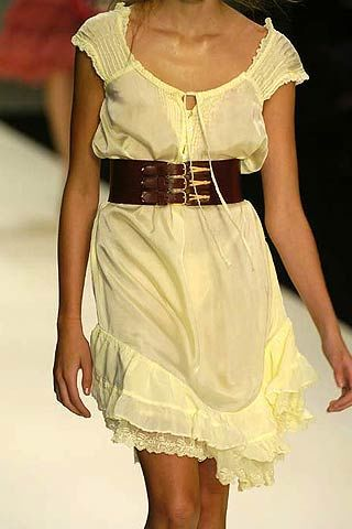 Clothing, Yellow, Shoulder, Joint, White, Formal wear, Dress, One-piece garment, Fashion, Neck,