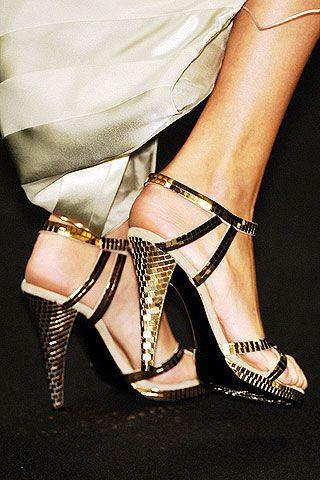 Footwear, Leg, High heels, Human leg, Joint, Sandal, Toe, Style, Foot, Fashion,