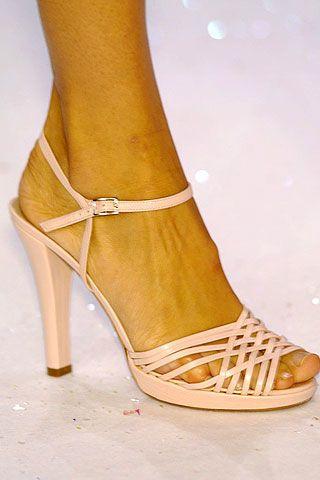 High heels, Joint, Sandal, Tan, Foot, Toe, Beige, Basic pump, Ankle, Close-up,