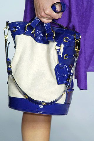 Blue, Sleeve, Collar, Electric blue, Cobalt blue, Fashion, Waist, Fashion design, Embellishment, Bow tie,