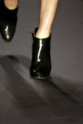 Kenneth Cole Fall 2006 Ready-to-Wear Detail 0003