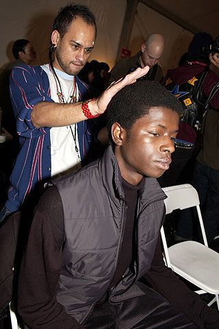 Kenneth Cole Fall 2006 Ready-to-Wear Backstage 0003