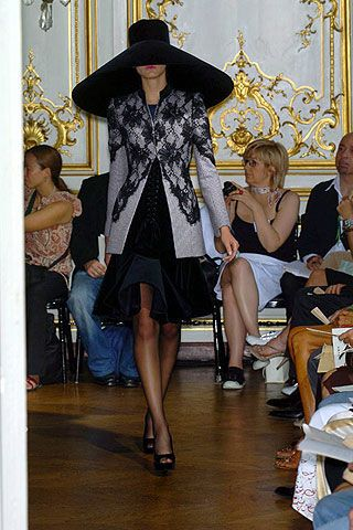 Fall 2006 Haute Couture Carven Collections 0003
