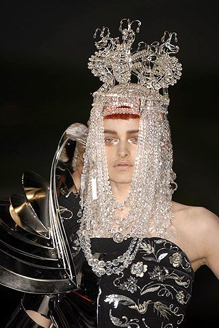 Christian Dior Fall 2006 Haute Couture Detail 0002