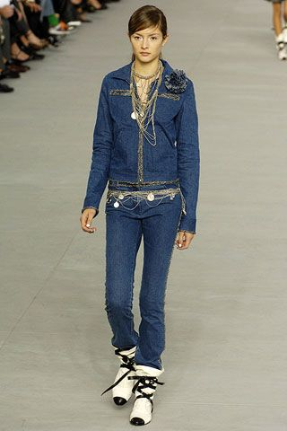 Chanel Spring 2006 Ready-to-Wear Collections 0003