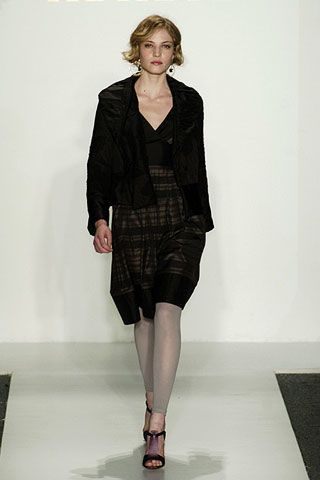 AbaetÃ{{{copy}}} Fall 2006 Ready-to-Wear Collections 0002