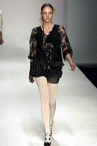 TataNaka Fall 2005 Ready-to-Wear Collections 0002