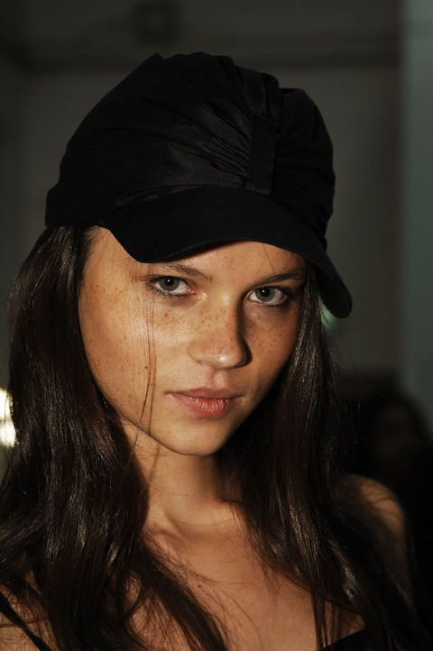 Emma Cook Spring 2007 Ready-to-wear Backstage 0002