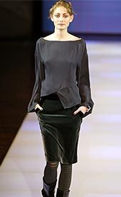 Emporio Armani Fall 2002 Ready-to-Wear Collection 0001
