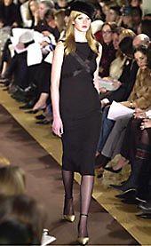 Carolina Herrera Fall 2002 Ready-to-Wear Collection 0001