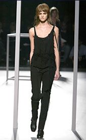 Hussein Chalayan Fall 2002 Ready-to-Wear Collection 0001