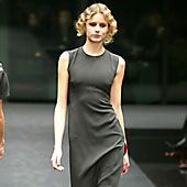 Krizia Fall 2002 Ready-to-Wear Collection 0001