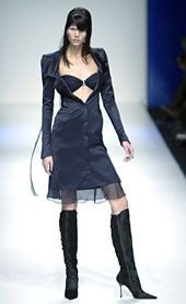 Lagerfeld Gallery Fall 2002 Ready-to-Wear Collection 0001