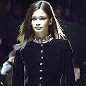 Oscar de La Renta Fall 2002 Ready-to-Wear Collection 0001