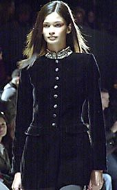 Oscar de La Renta Fall 2002 Ready-to-Wear Collection 0001