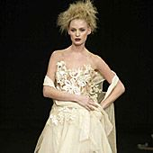 Maria Grachvogel Fall 2002 Ready-to-Wear Collection 0001