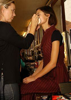 Lanvin Spring 2005 Ready-to-Wear Backstage 0001