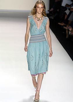 BCBG Spring 2005 Ready-to-Wear Collections 0001