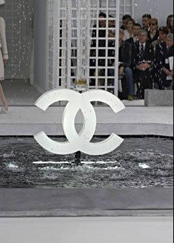 Chanel Spring 2005 Haute Couture Collections 0001