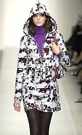 Pucci Fall 2002 Ready-to-Wear Collection 0001