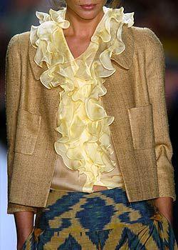 Oscar de la Renta Spring 2005 Ready-to-Wear Detail 0001