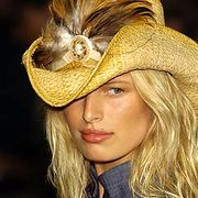 Anna Sui Spring 2005 Ready-to-Wear Detail 0001
